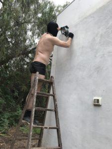Harter Sklaven-Urlaub für einen 24/7 Sklaven während des Aufenthaltes im BDSM-Knast.